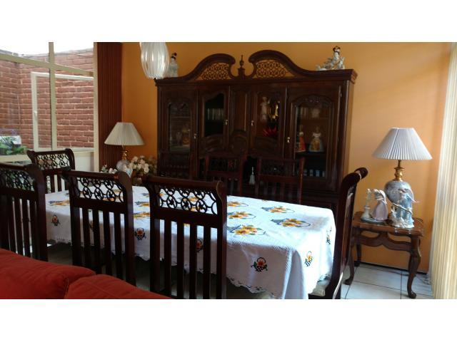 Comedor 8 sillas con vitrina morelia - Comedor con vitrina ...