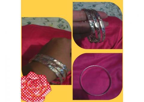 Preciosas pulseras chapa