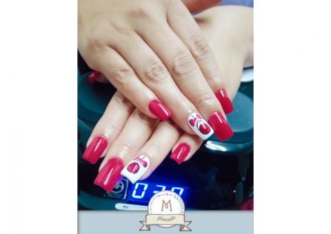Aplicación/Esmaltado de uñas