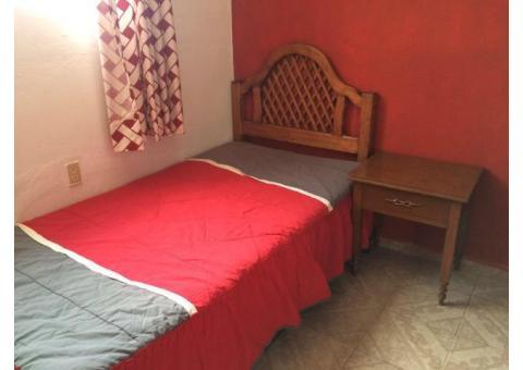 rento habitacion amueblada a 2 cuadras de c.u y av. universidad
