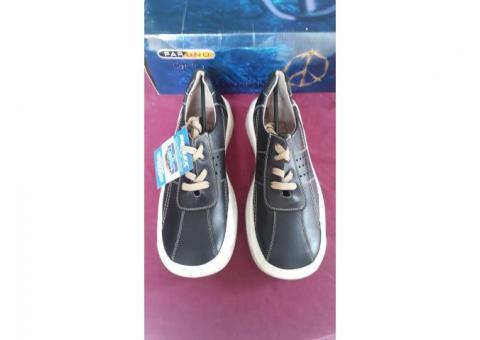 Zapatos tenis negros piel sistema DRI-LEX antihongos tallas 25.5, 26 y 27