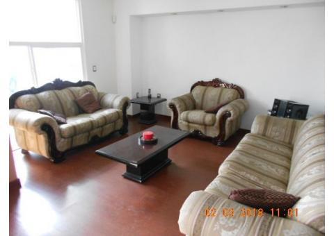 Vendo Casa semi nueva en Chapultepec Oriente, cerca de La Americas