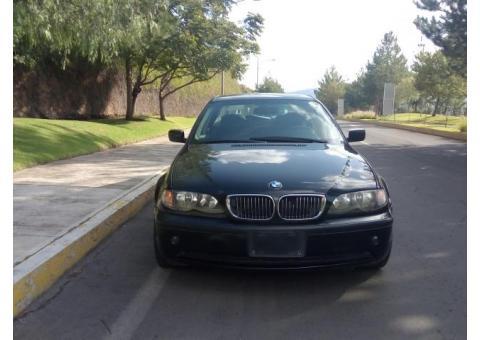 Vendo BMW Negro Serie 320i
