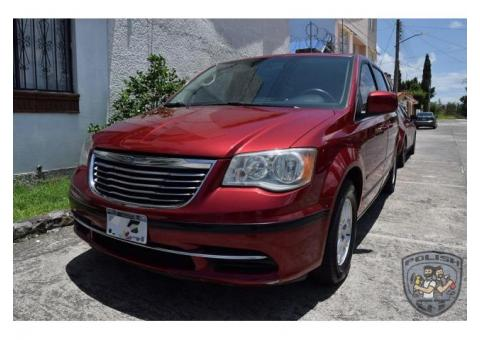 Crysler Town & Country Lx 2011