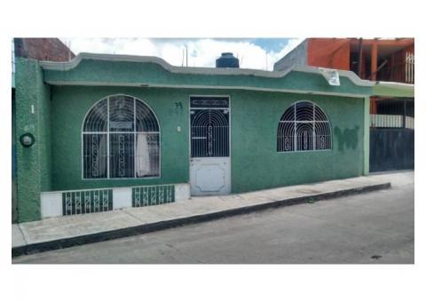 Casa col. Gertrudis Sanchez