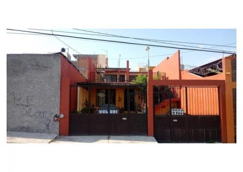Se Vende casa en Morelia col. Defensores de Puebla