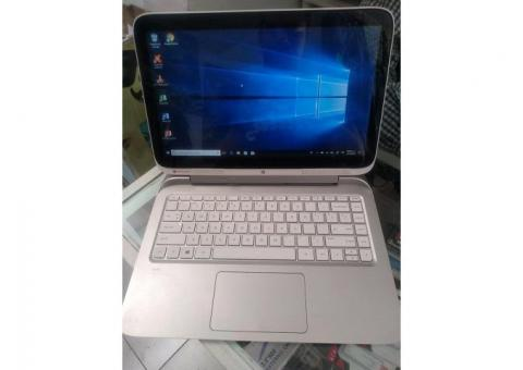 Laptop-Tablet con TOUCH, HP, Intel Core i3-4012Y CUARTA GENERACIÓN (4 núcleos) $3,900 Disco de 500 G