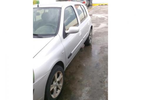 Clio 2005 estandar electrico