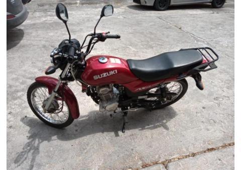 MOTO SUZUKI AX 125 2019