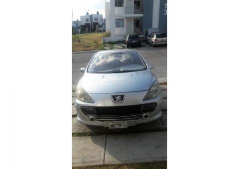Peugeot 307, año 2006, 2.0 lts. Económico.